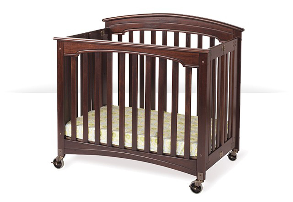 Royale Compact-Size Folding Fixed-Side Crib