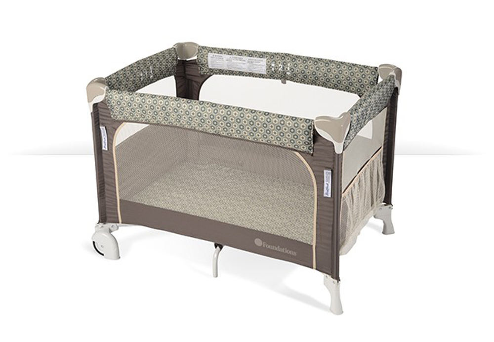 SnugFresh  Elite Play Yard Portable Crib with  Cover