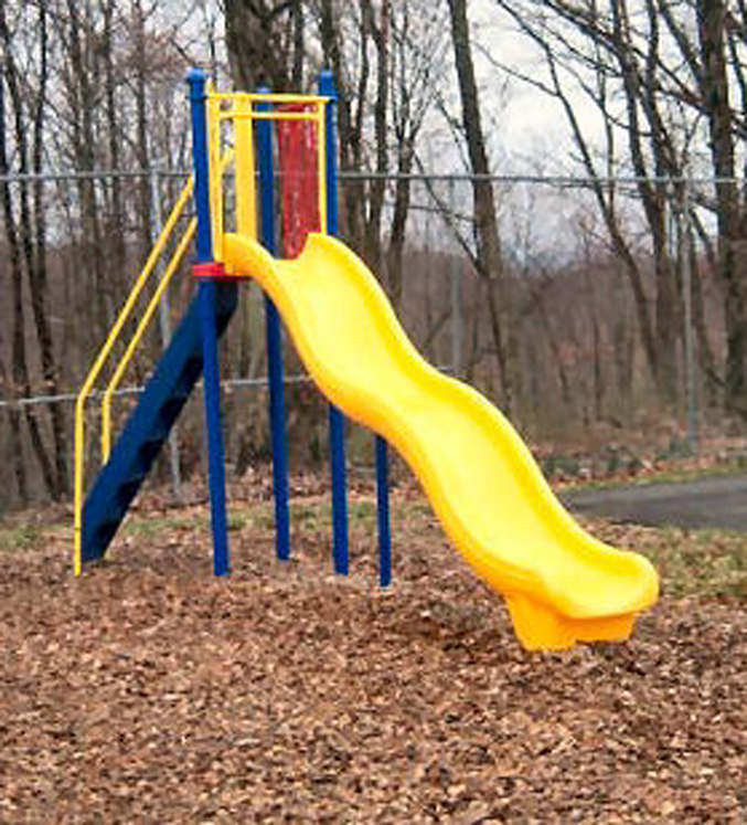 Freestanding Wave Slide, Use Zone 29' x 19'