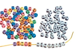 School Smart Plastic Cube Uppercase Alphabet Bead, 7 mm - Assorted Rainbow Color - Pack of 150